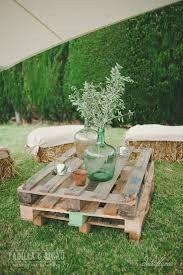 Ideas utilización palets en bodas 22