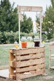Ideas utilización palets en bodas 23