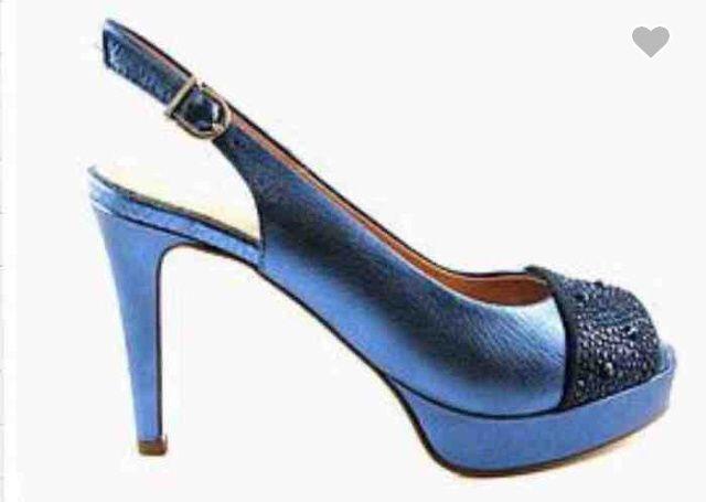 Zapatos de novia: de color o blancos? cuales os gustan más y porqué? - 1