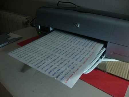 Imprimiendo pegatinas