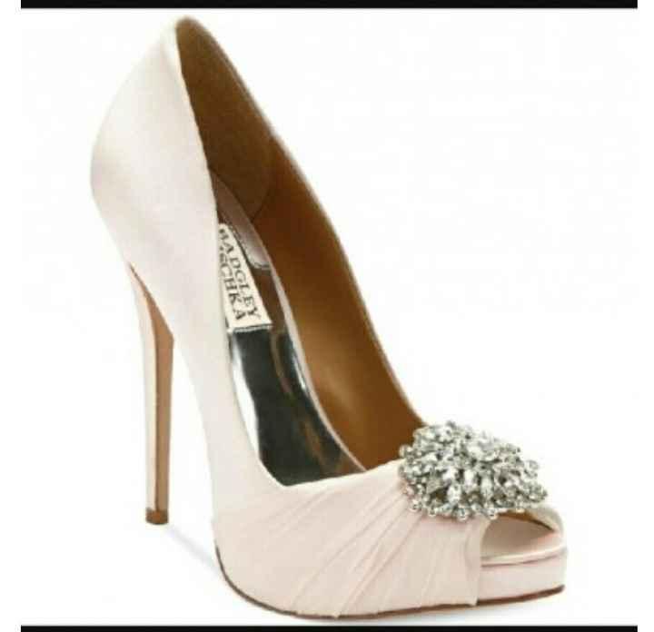 Me he enamorado de los zapatos y no tengo vestido - 1
