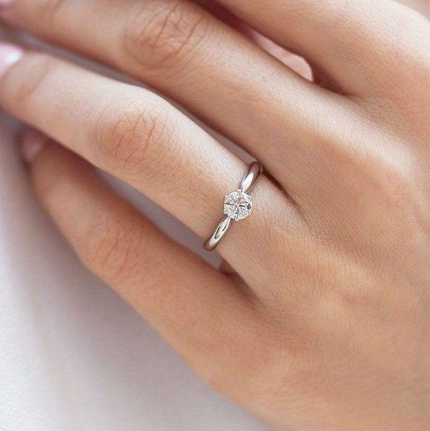 Pongamos todas nuestro anillo de compromiso 16