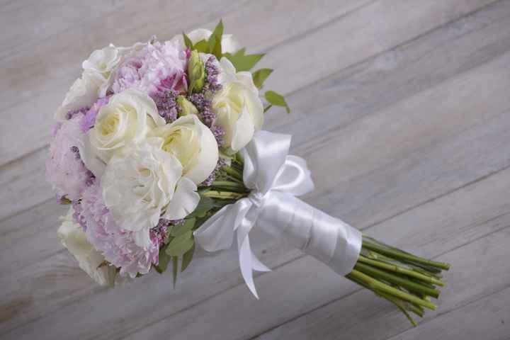 Materiales para atar tu ramo de novia 💐 - 1
