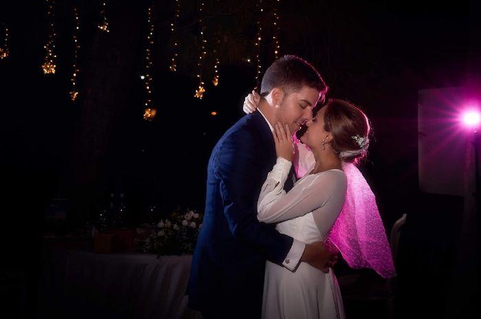 En tiempos difíciles... ¡el amor vence! Estamos casados!! 🎉 7