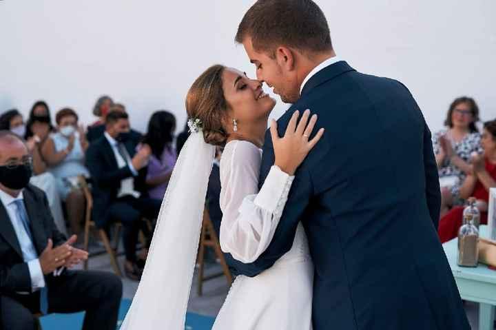 En tiempos difíciles... ¡el amor vence! Estamos casados!! 🎉 - 3