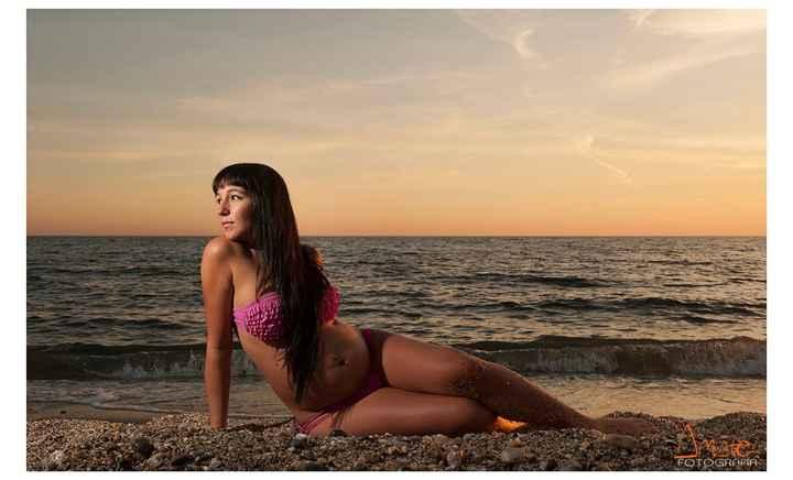 Foto de mi panzota en la playa!!!!