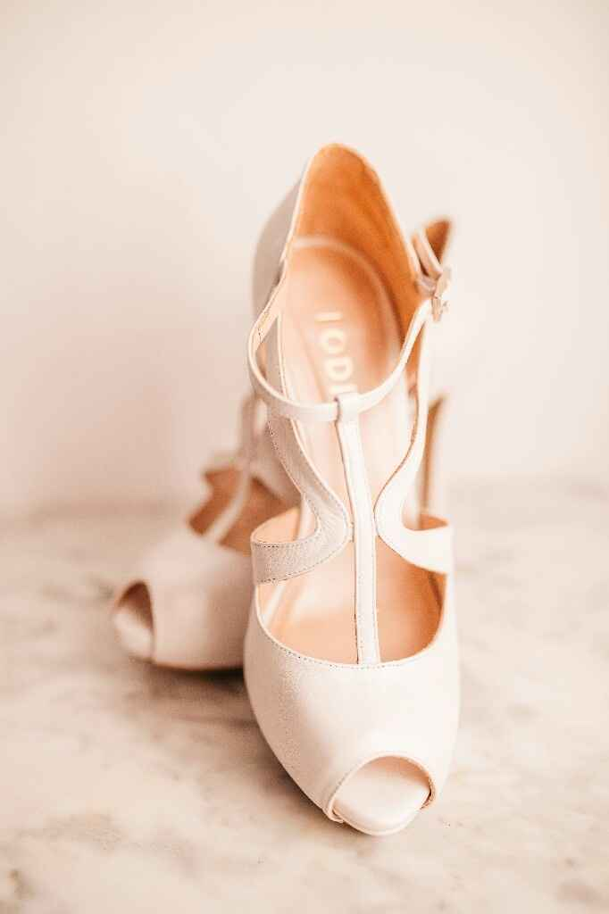 Zapatos. modelo goya en blanco de lodi. - 1