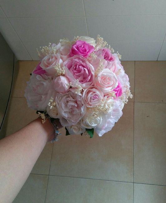 Quiero un ramo de flores artificiales - 1