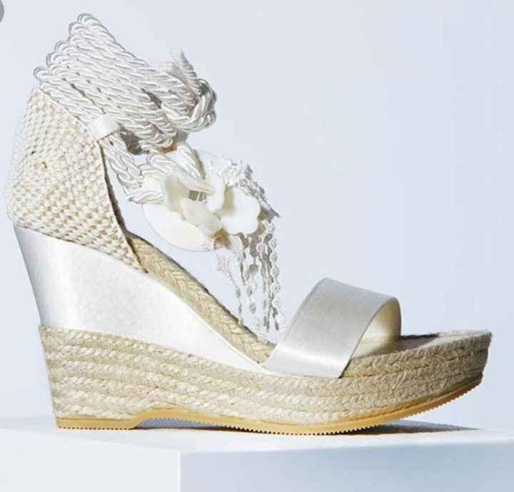 Duda con los zapatos - 1