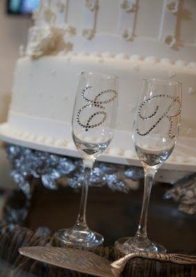 Necesito ideas para decorar las copas de brindis - Como decorar copas para boda ...
