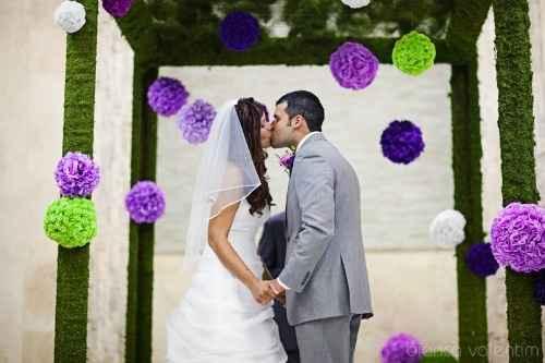 Bodas color violeta