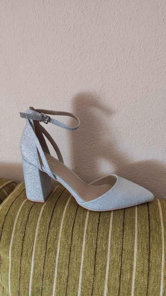 Mis zapatos, ¿os gustan? - 1