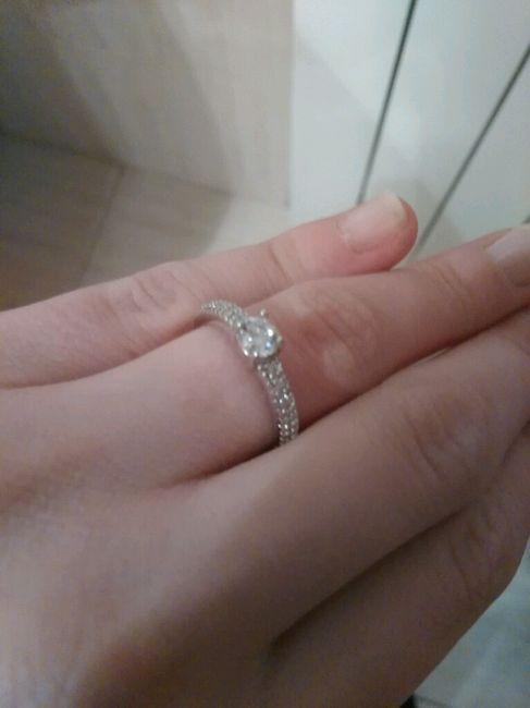 Mi anillo compromiso - 1