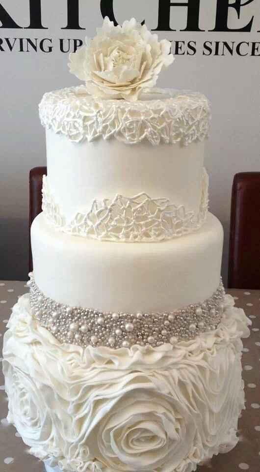 tarta nupcial elegantísima!!!