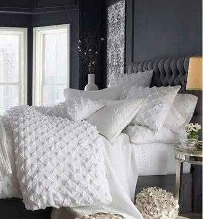 dormir con tu pareja en una cama así