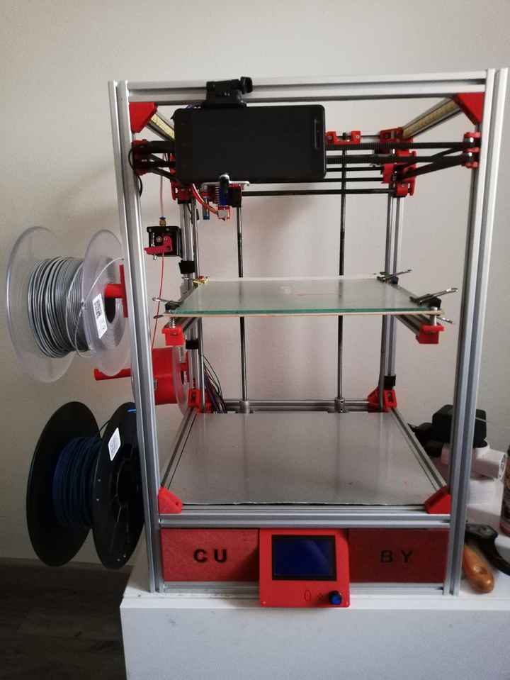 Aquí una foto de la impresora 3D