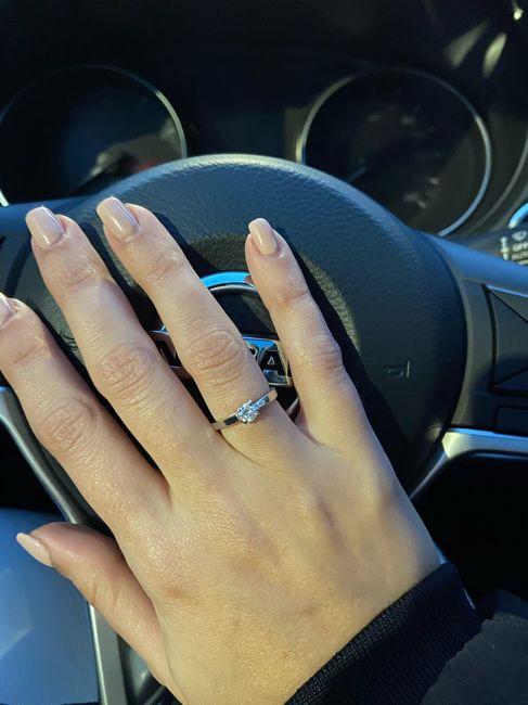 Pongamos todas nuestro anillo de compromiso 22