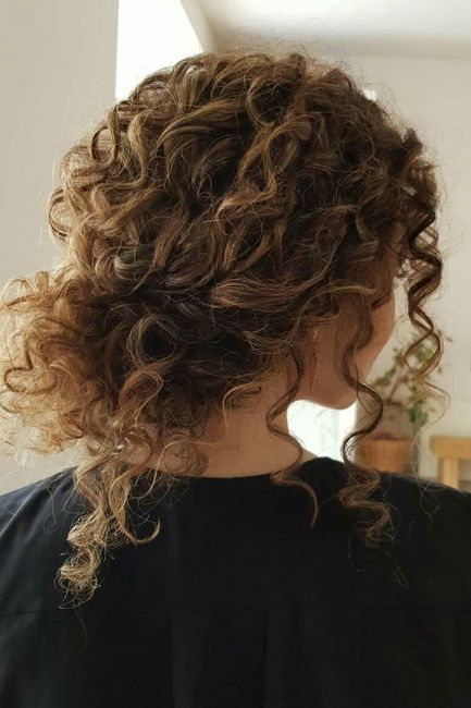 De bajón con la peluquería. Ayuda pelo rizado 😩!! 15
