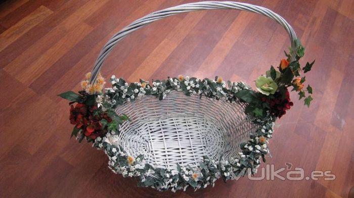 cmo decorar cestas de mimbres 2 - Como Decorar Cestas De Mimbre