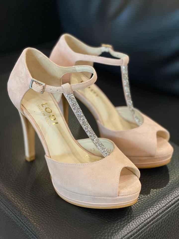 Zapatos de novia - Parte 2 ¿qué decoración de tacón escogéis? - 1