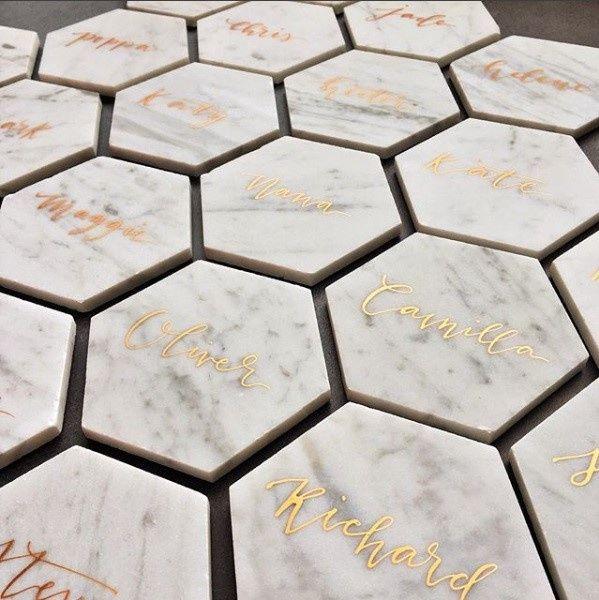 marca sitios hexagonales marmol