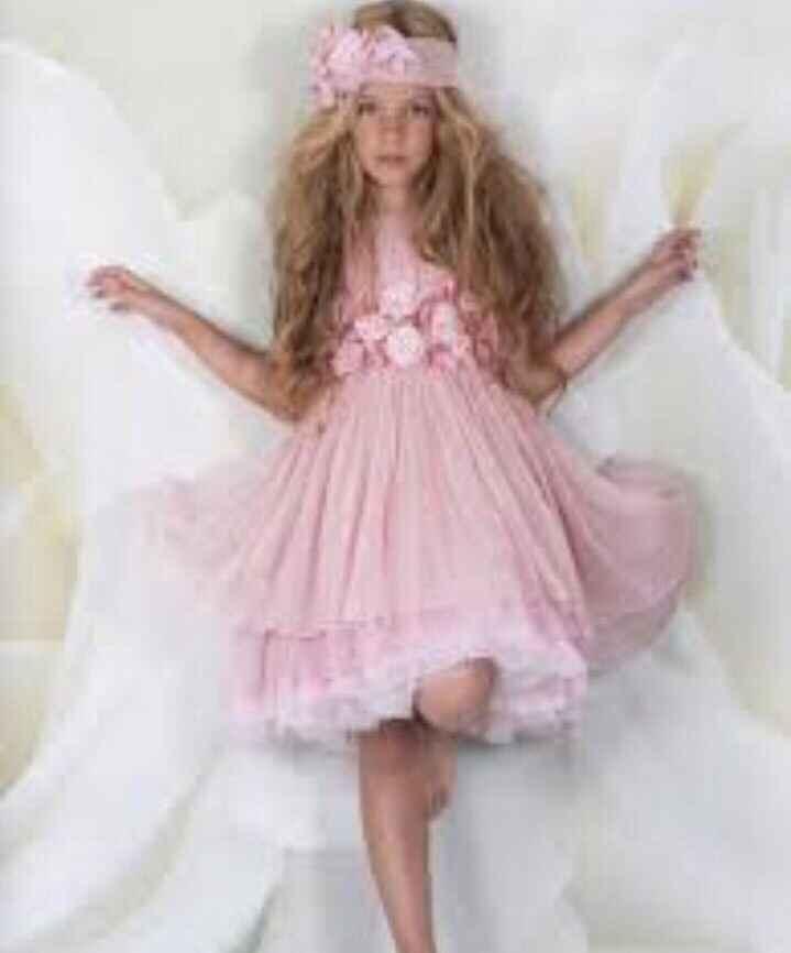 Necesito encontrar este vestido!!