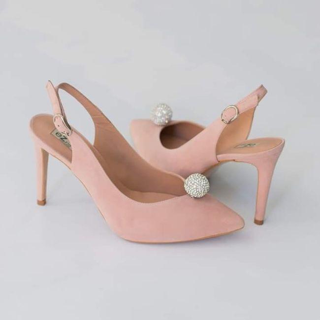 Me enseñais vuestros zapatos? 3