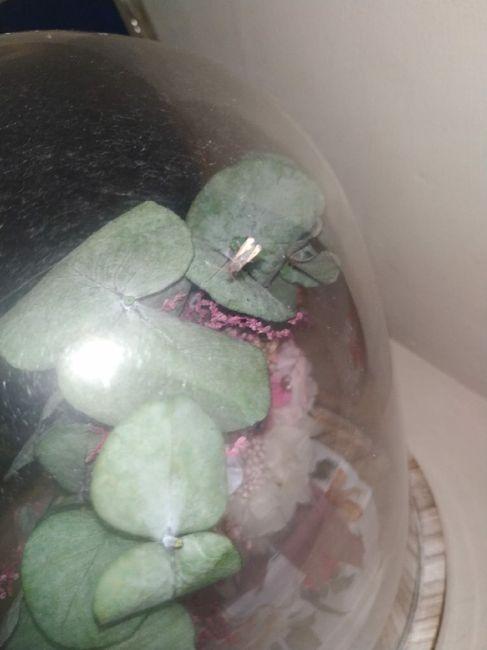 Ramo de novia preservado y 2 réplicas de Diana Per comido por gusanos 5