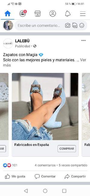 Zapatos celestes 1