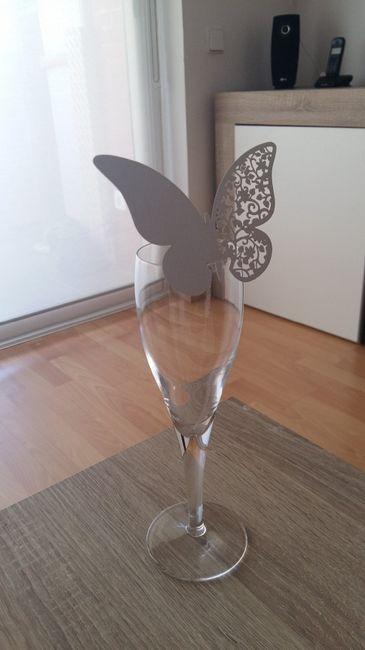 24. Mariposas (falta poner gracias por venir...)