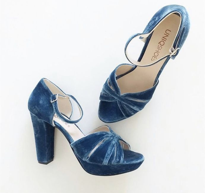 Blue shoes - 3