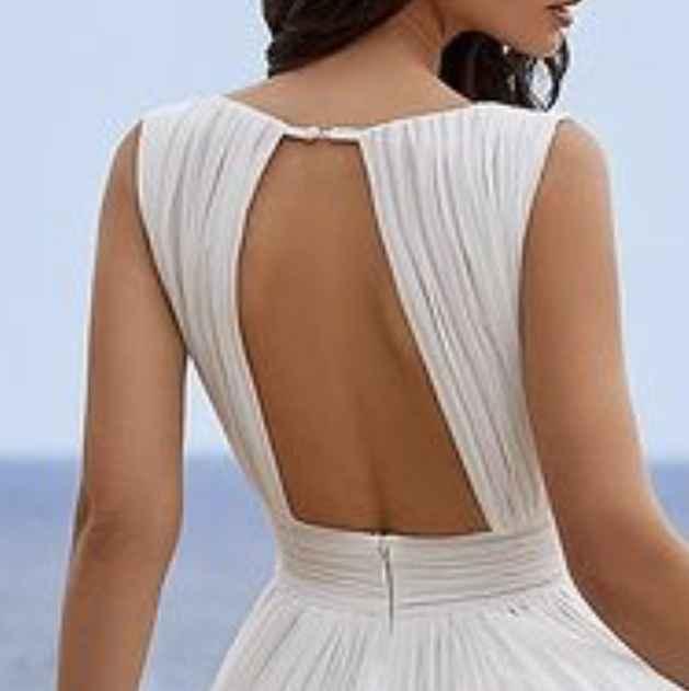 ¡El vestido perfecto de la comunidad! - La espalda perfecta 4