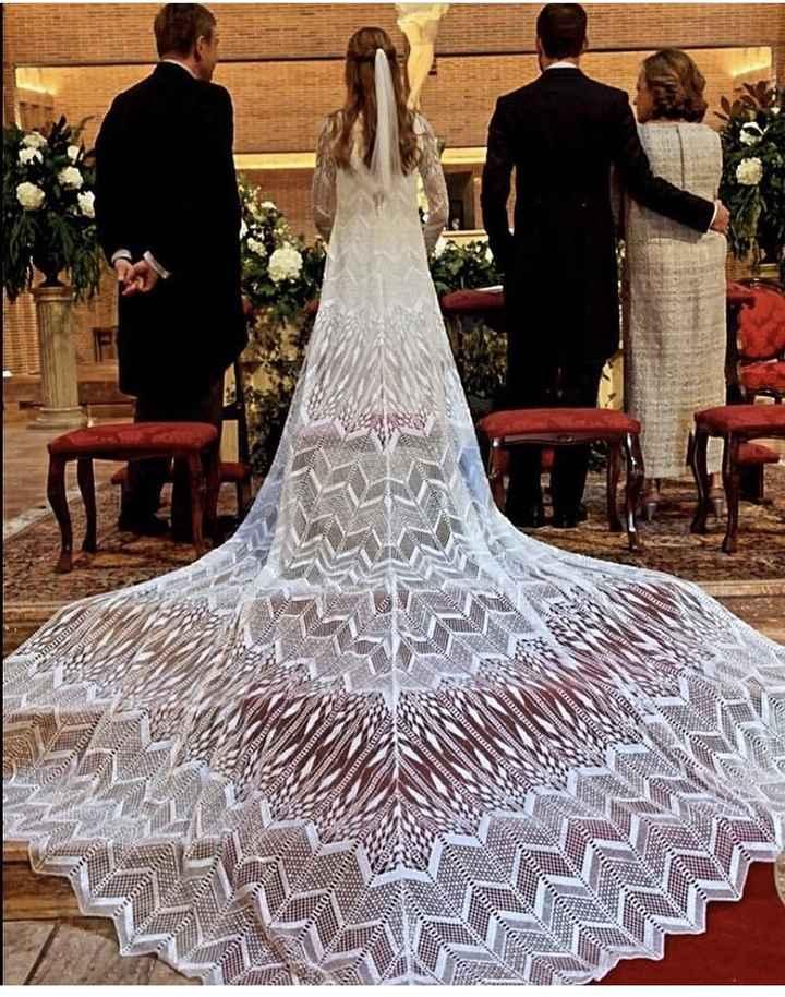La cola de este vestido ¿si o no? 1