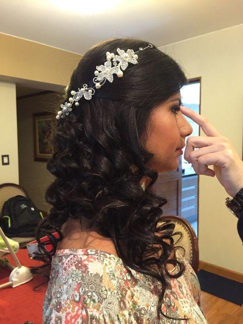 peinado por detrs con tiara