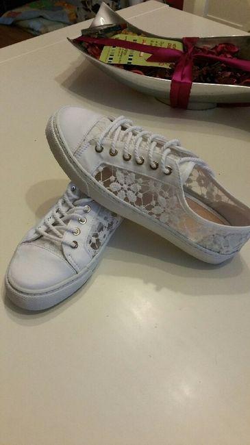 Que os parece  mi zapato para el baile - 1