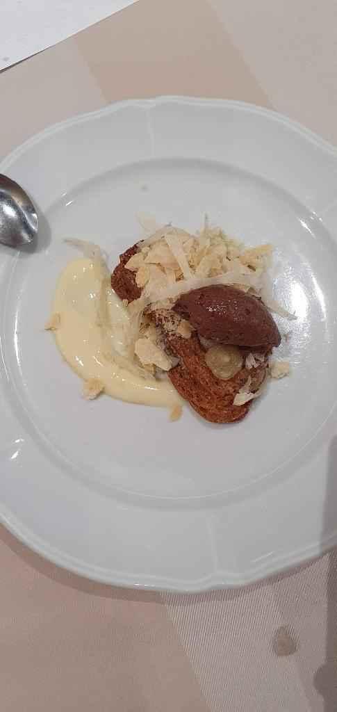 milhojas con espuma de chocolate