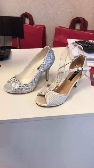 Vuelvo a colgar el debate zapatos bodiles - 2