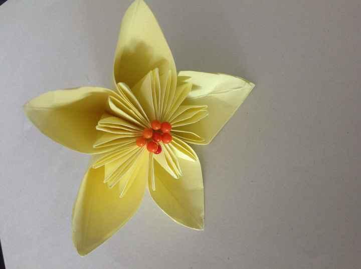Mi primera flor de papel