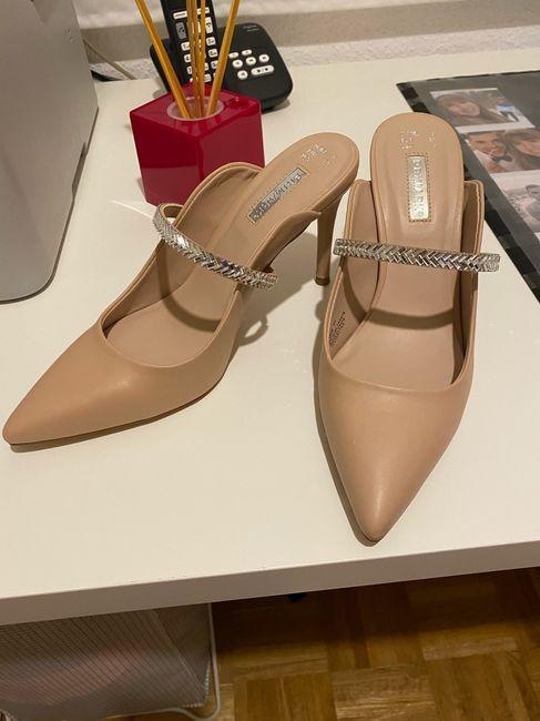Mis zapatos de novia. - 1