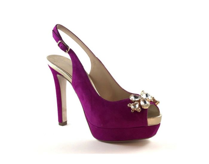 Zapatos en color marfil o violeta? 2
