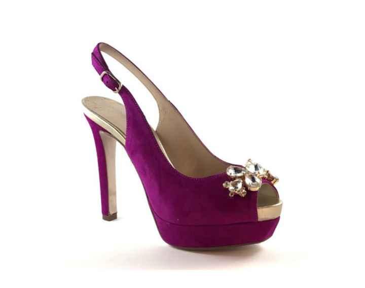 Zapatos en color marfil o violeta? - 2