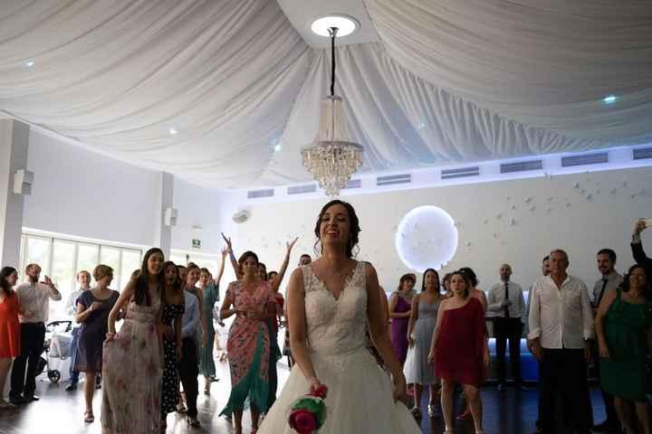 Lanzar el ramo de novia - 1