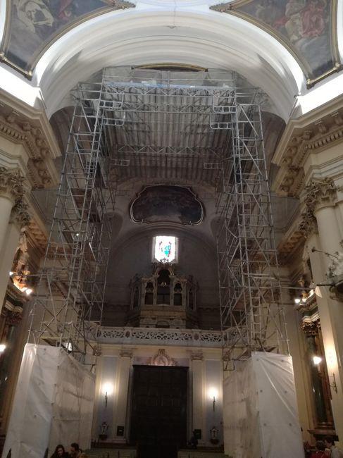 Iglesia de santa barbara - 1