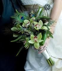 ramos con plumas pavo real