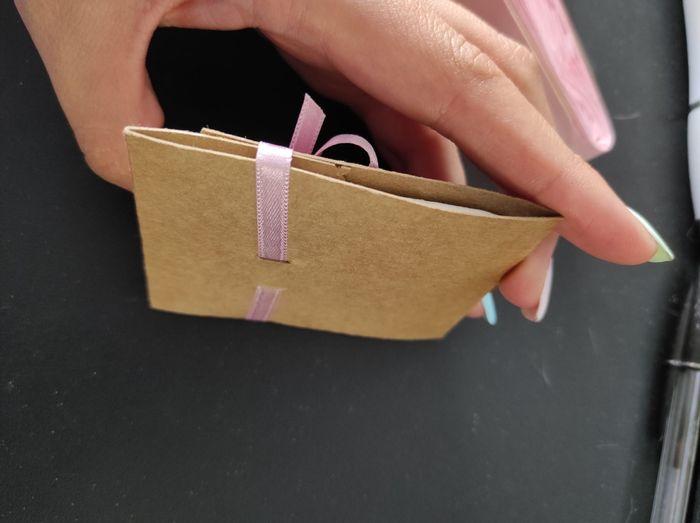detalles de mi Boda. Mueble de la iglesia con pañuelos de papel paipais y arroz. 4