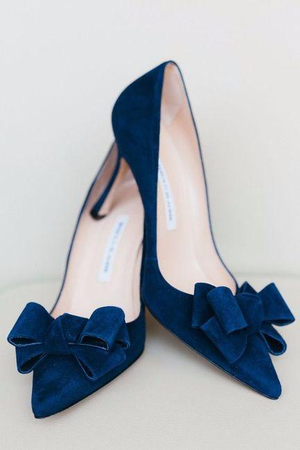 Zapatos, ¿de color o blancos? 1