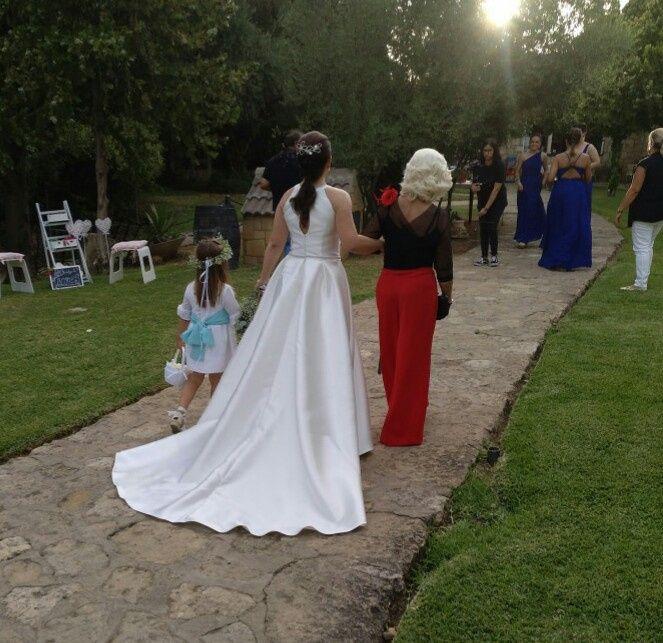 Vestido de novia con cola o sin cola 1