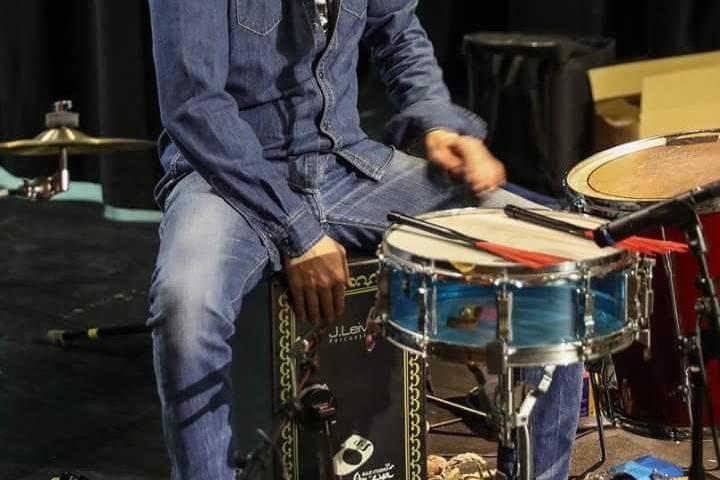 Jorge percusión y batería