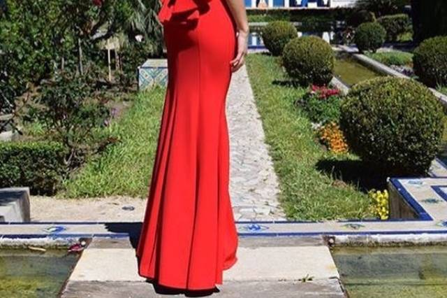 Vestido con espalda de vértigo