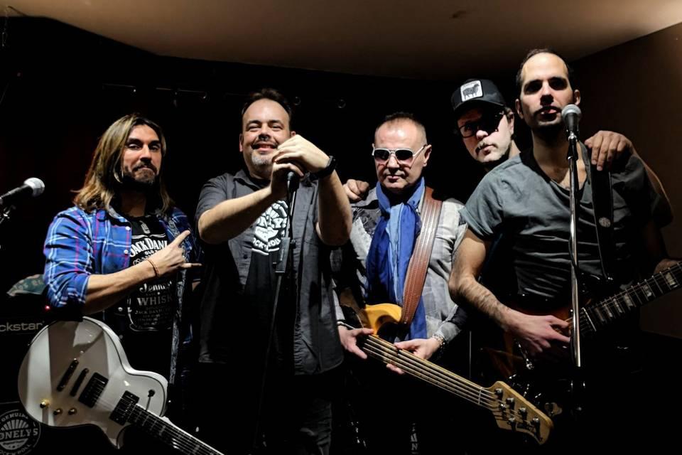Lonelys Band